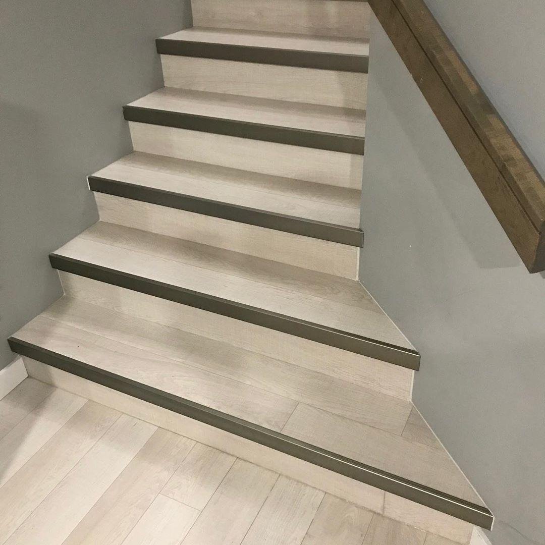 Một mẫu cầu thang hiện đại
